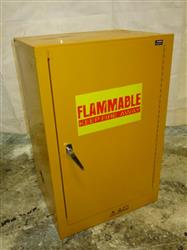 326933 - EDSAL SC12F Flammable Cabinet