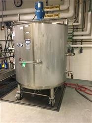 330569 - 500 Gallon STAINLESS FABRICATION Tank