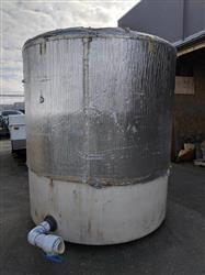 331146 - 1000 Gallon Water Tank