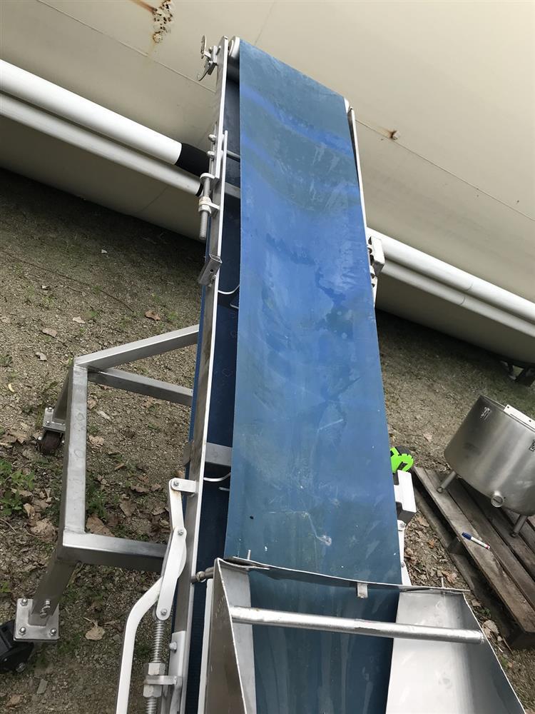 Image Incline Belt Conveyor 1118692