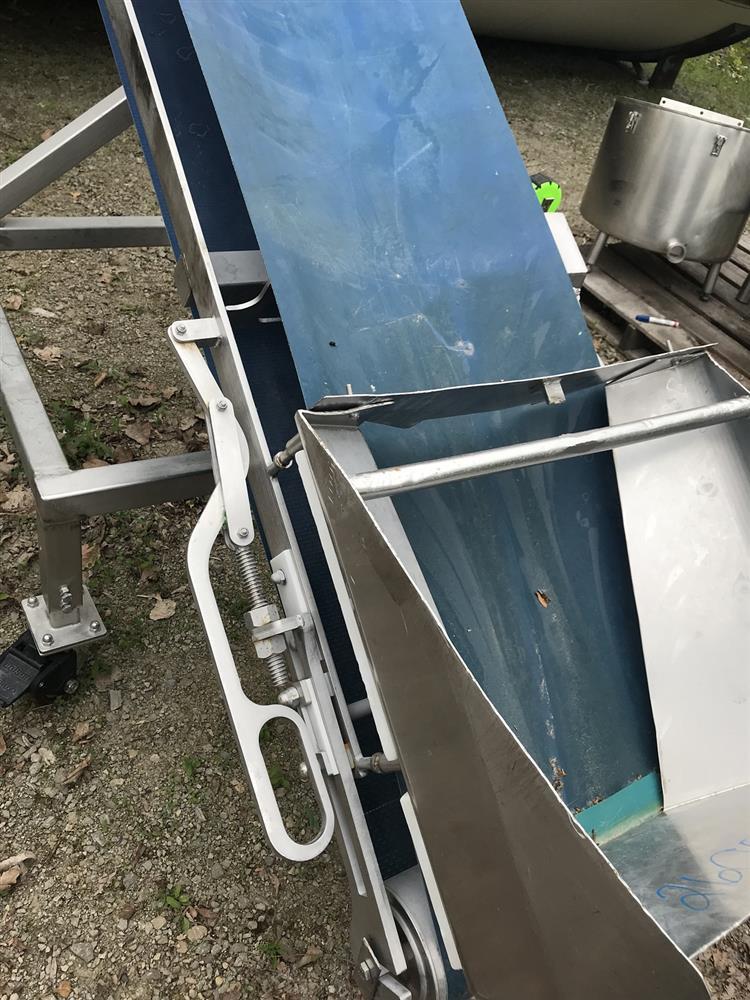 Image Incline Belt Conveyor 1118693
