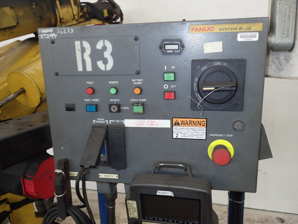 FANUC S-420 IW Robot - 338459 For Sale Used N/A