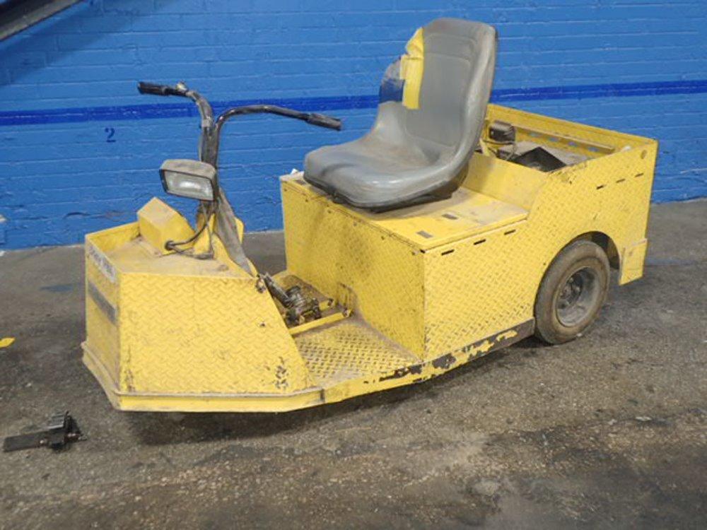 CUSHMAN TUG Maintenance Cart