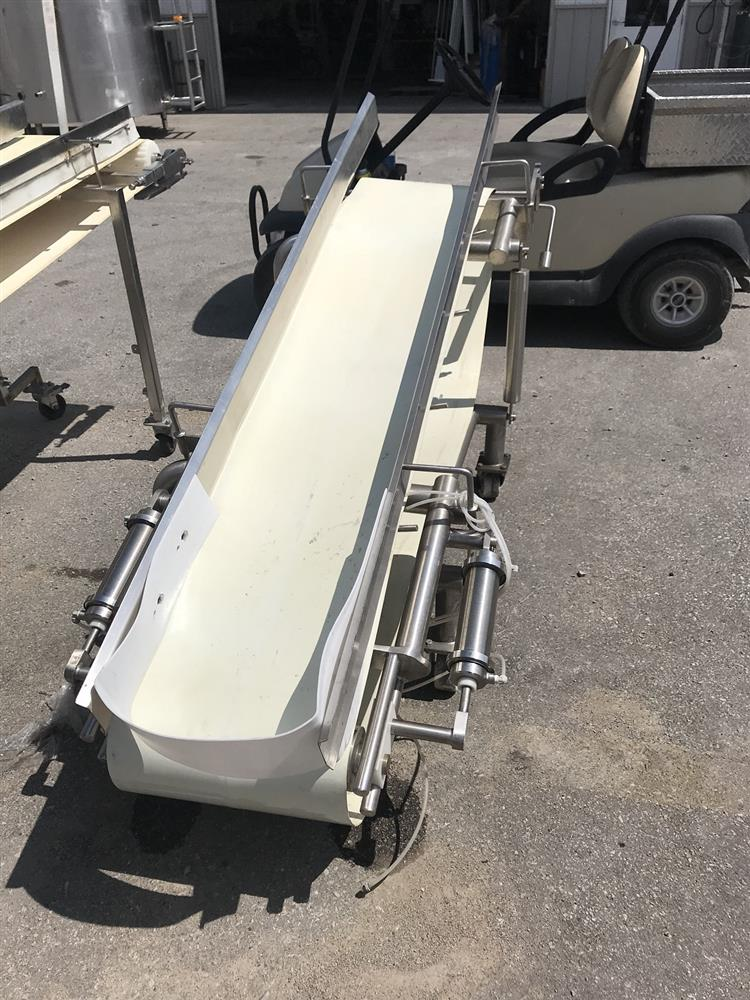 Image Incline White Belt Conveyor - 82in L X 32in W 1274967