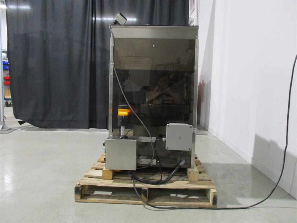 Image SUPERIOR PACKAGING SYSTEM Vibratory Cap Feeder Sorter with FMC Syntron Device 1297586
