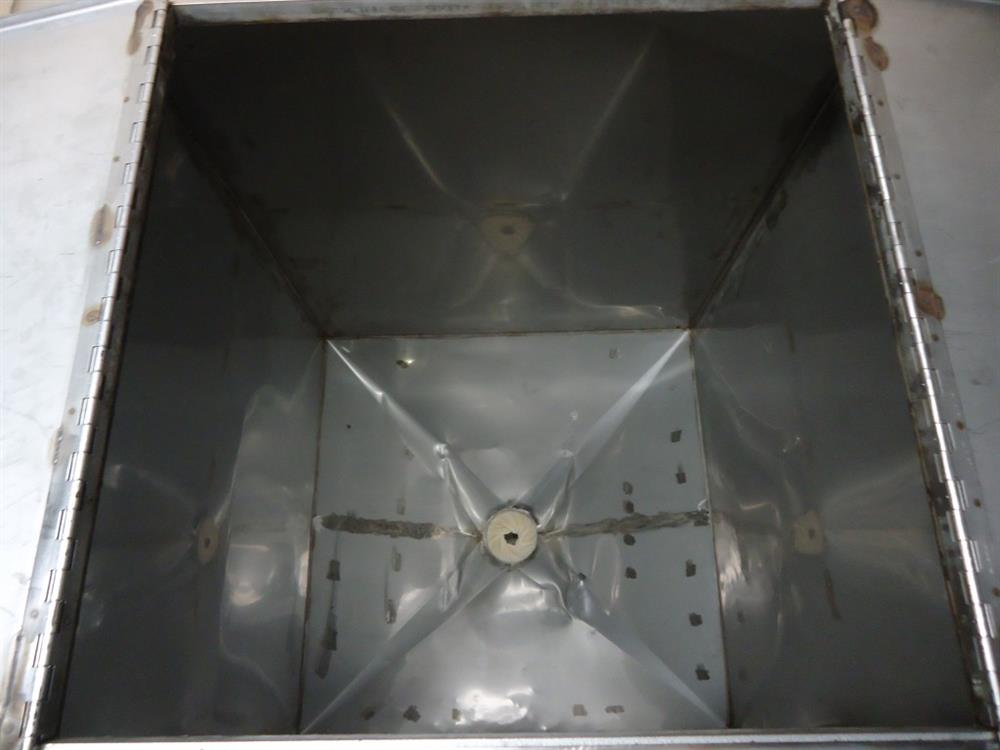 Image Vertical Powder Hoppers / Totes 1297861