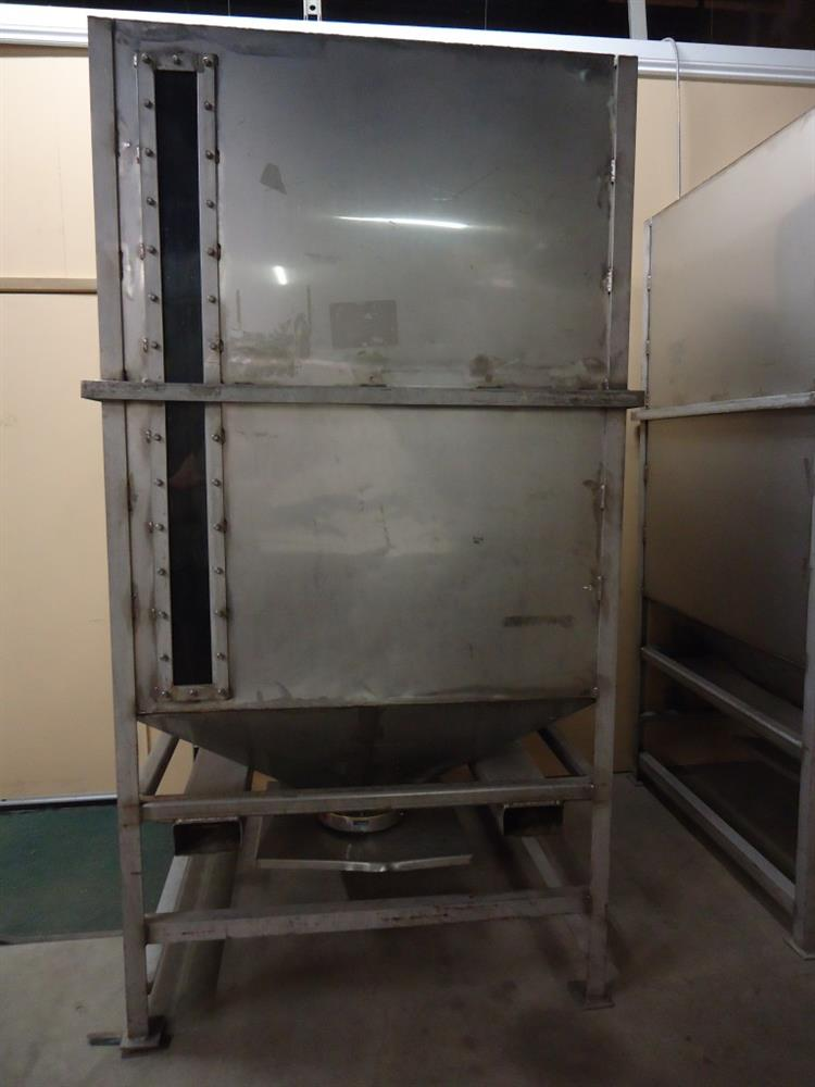Image Vertical Powder Hoppers / Totes 1297867