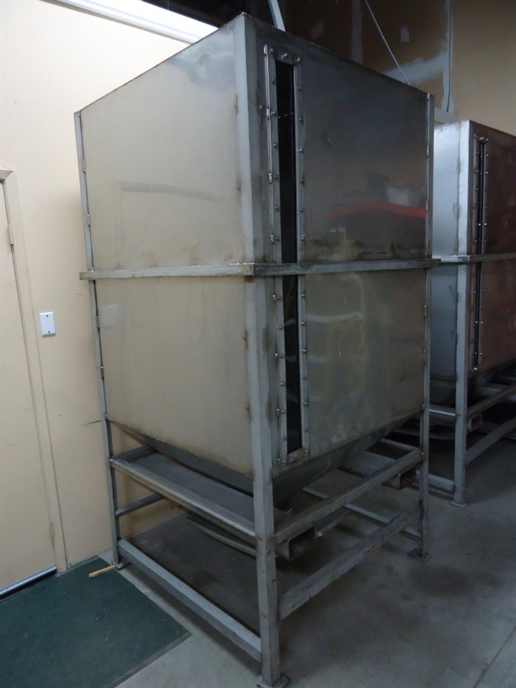 Image Vertical Powder Hoppers / Totes 1297868