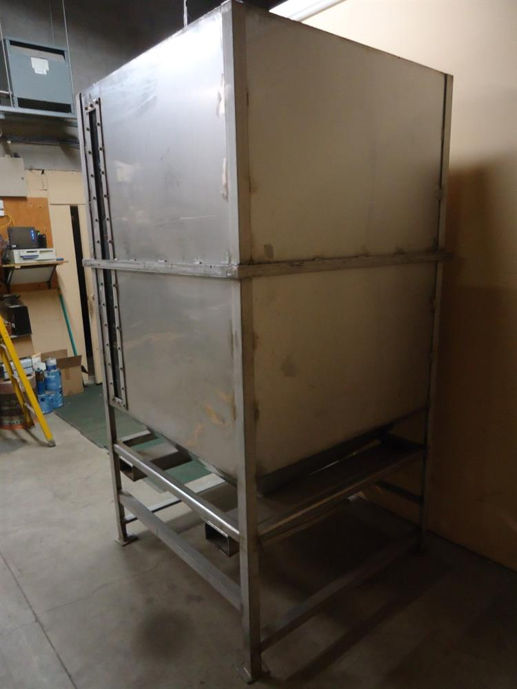 Image Vertical Powder Hoppers / Totes 1297847