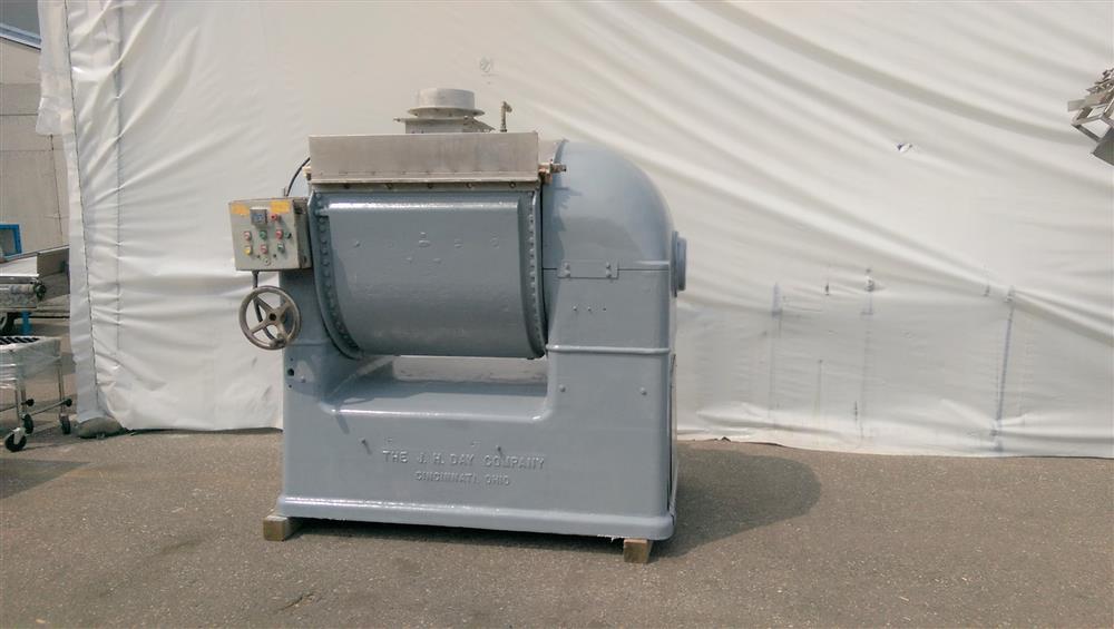 JH DAY Horizontal Dough Mixer - 1000 Lb.