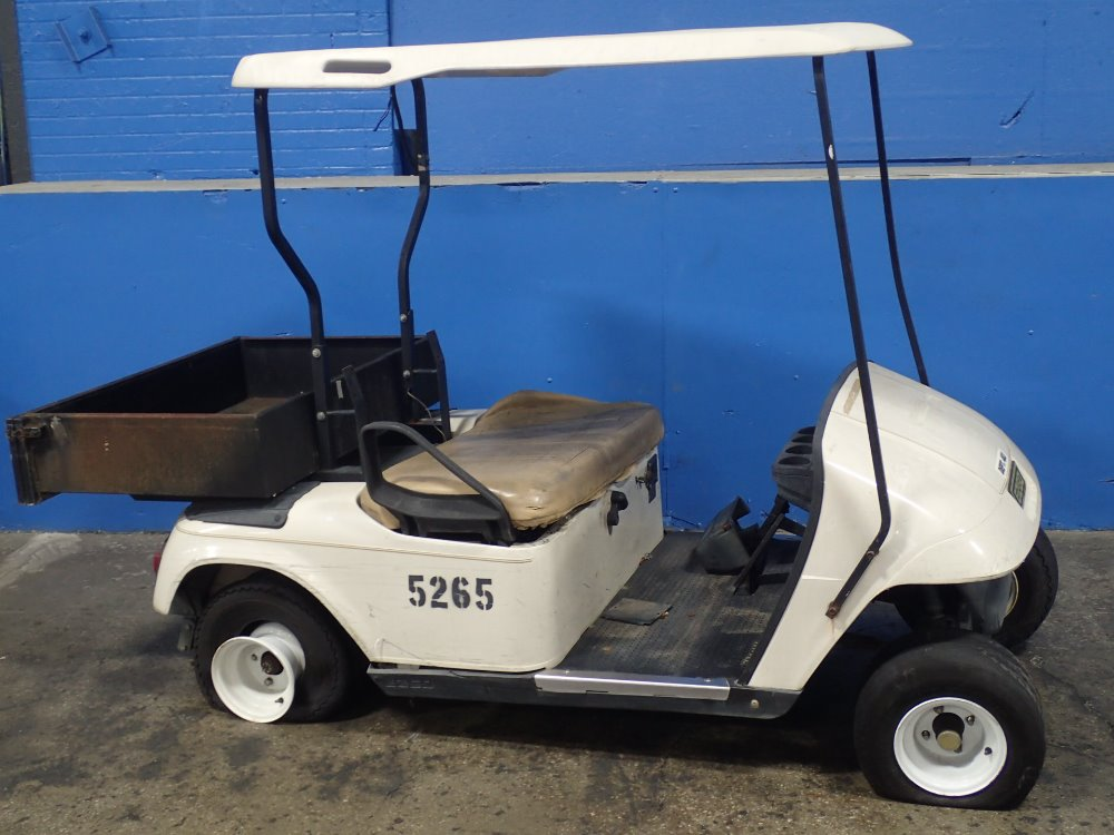 TEXTRON EZG0 Golf Cart