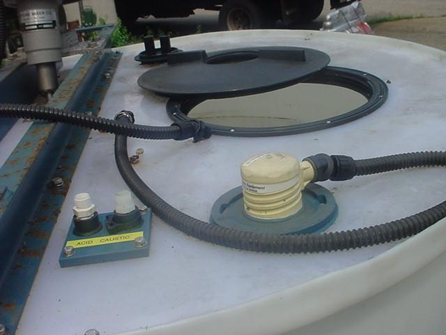 Image 528 Gallon Flat Bottom Poly Tank 1304749
