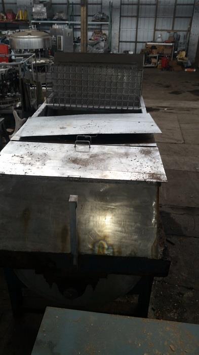 Image 100 Cu. Ft. Ribbon Blender - Stainless Steel 1331057