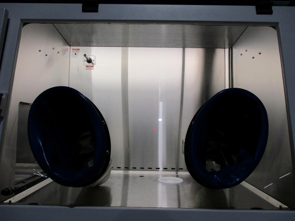 Image ESCO HP1-4N2-S Isoclean Glove Box 1345362