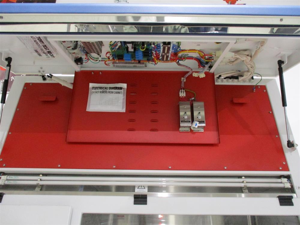 Image ESCO HP1-4N2-S Isoclean Glove Box 1345364