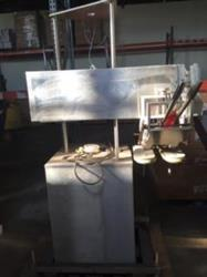 Image INLINE FILLING SYSTEMS Computorque Capper with Feeder 1347030