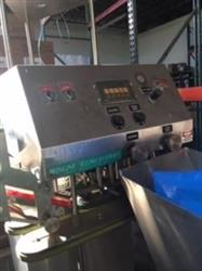Image INLINE FILLING SYSTEMS Computorque Capper with Feeder 1347032