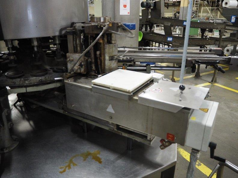 Image KRONES Canmatic Labeler 1366205