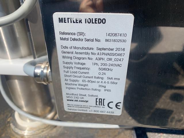 Image METTLER TOLEDO SAFELINE Tablet Metal Check and KRAMER Tablet Deduster 1491916