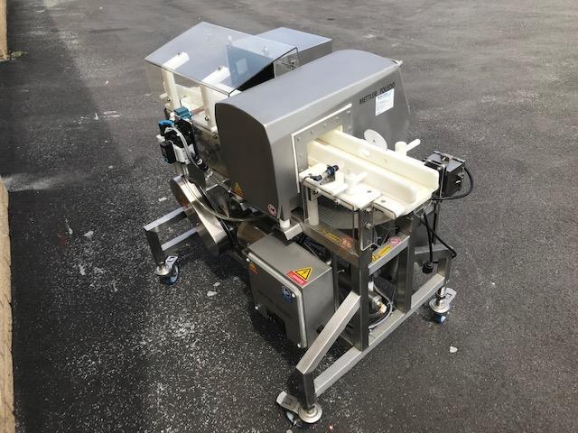 Image METTLER TOLEDO SAFELINE Metal Detector - Model SL2000 1392198