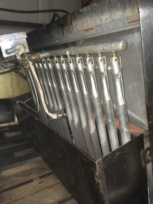 Image 40 Gallon GROEN BPM 40G Tilting Braising Pan Skillet - 2in Tangent Draw Valve 1406265