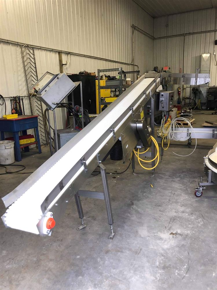 Image KEENLINE Incline Conveyor with 90 Degree Curve 1395450