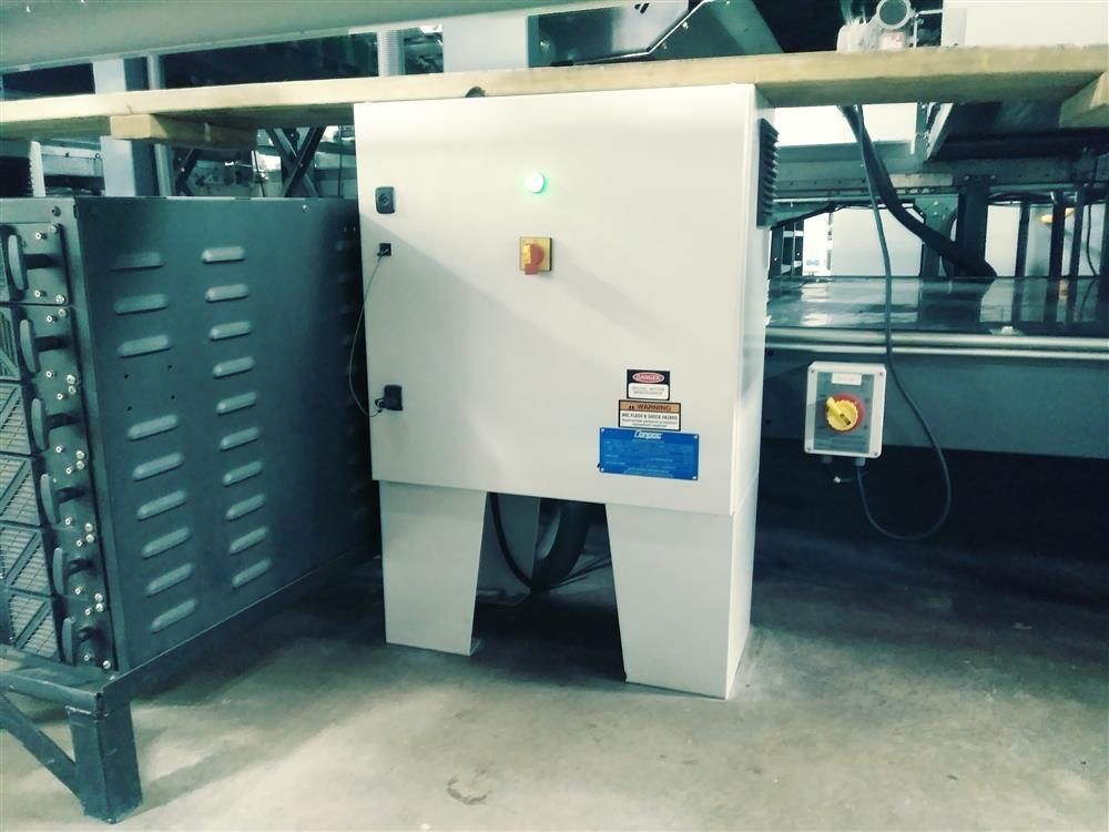 Image COMPAC InVision 9000CIR Sorter with LED Top and Bottom Lighting 1396550