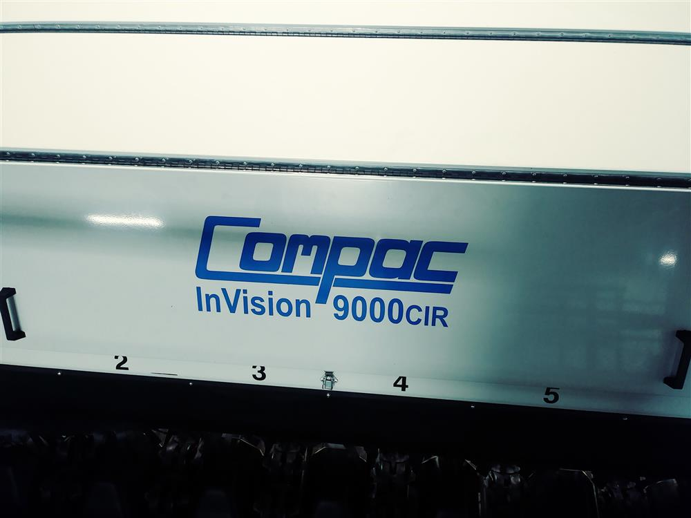 Image COMPAC InVision 9000CIR Sorter with LED Top and Bottom Lighting 1396547