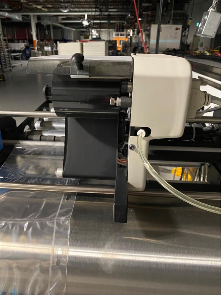 Image AUTOMATED PACKAGING SPrint Auto Bagger Side Pouch 1452865