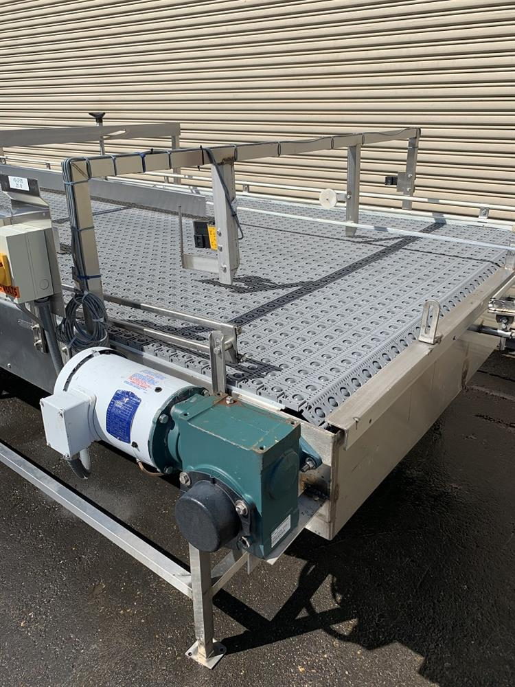 Image 6ft x 16ft LAUGHLIN Stainless Accumulation Case Divert Transfer Conveyor Table 1411578