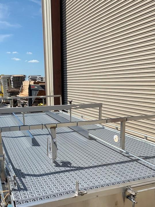 Image 6ft x 16ft LAUGHLIN Stainless Accumulation Case Divert Transfer Conveyor Table 1411579