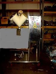 Image 4 Qt. and 16 Qt. V Blender / Bin Blender - Stainless Steel 1424831