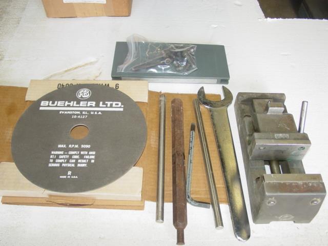 Image LECO CM-15 Cut Off Machine  Single Phase 1440131