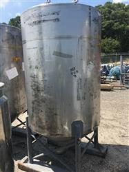Image 500 Gallon Vertical Tank - 304 Stainless Steel 1441980