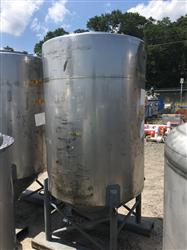 Image 500 Gallon WALKER Vertical Tank - 304 Stainless Steel 1441998