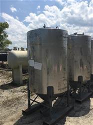 Image 500 Gallon WALKER Vertical Tank - 304 Stainless Steel 1442011