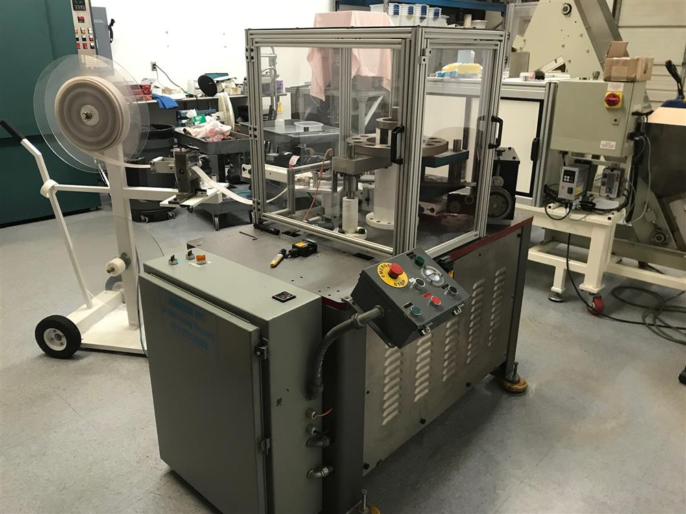 Image JOHNSON B-300 Capliner Die Cutting Machine 1443869