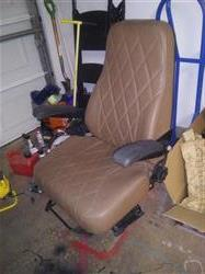 Image GE High Back Passenger Seat with Pneumatic Assembly 1446733