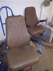 Image GE High Back Passenger Seat with Pneumatic Assembly 1446737