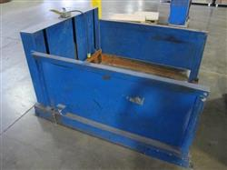 Image SOUTHWYCK Protected Scissor Lift Table 1449803