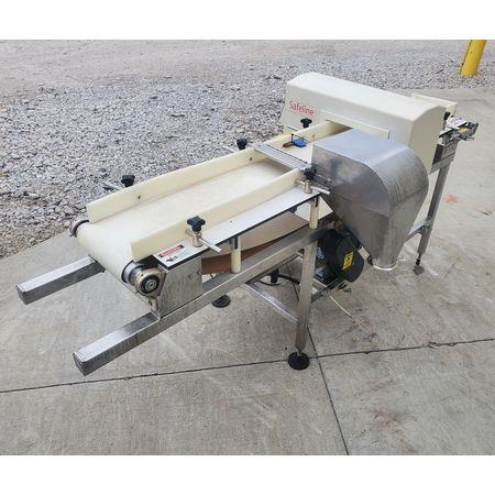 Image 10in METTLER TOLEDO Powerphase Plus Metal Detecting Conveyor - Sanitary 1456145
