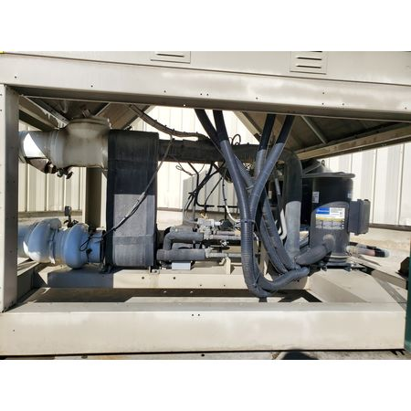 Image DAIKIN APPLIED AGZ070 Air-Cooled Water Chiller - 65 Ton 1456003