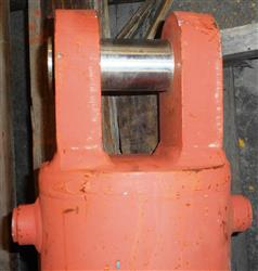 Image Crane Outrigger Cylinders 1458007