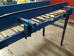 Image IMH / VERSA Motorized Rolling Conveyor with Side Guards - 7ft X 27in 1461208