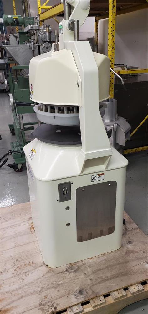 Image DUTCHESS Semi-Automatic Dough Divider/Rounder - USDA 1464983