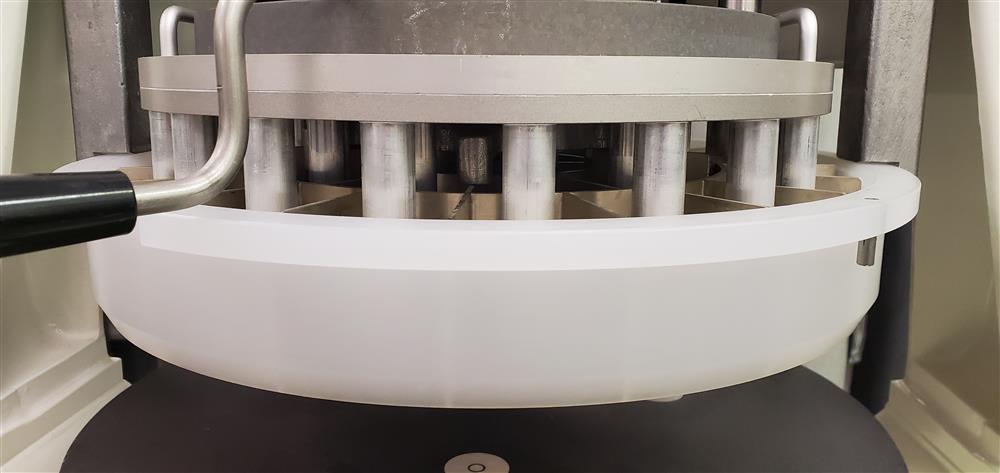 Image DUTCHESS Semi-Automatic Dough Divider/Rounder - USDA 1464987