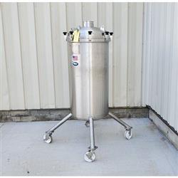Image 85 Gallon T&C STAINLESS INC. Portable Liquid Tank - 316 Stainless Steel 1465102