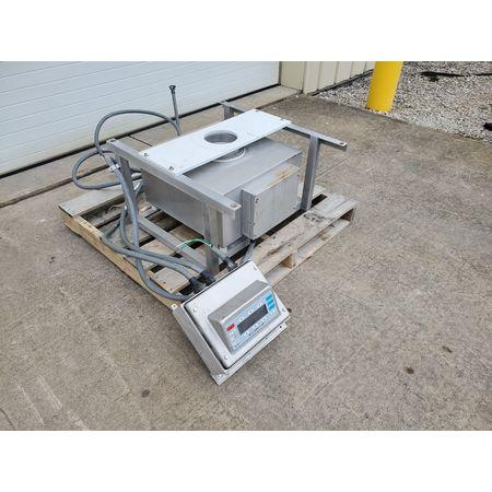 Image 6in GORING KERR DSP3/S-PSU Drop-Thru Metal Detector  1465140