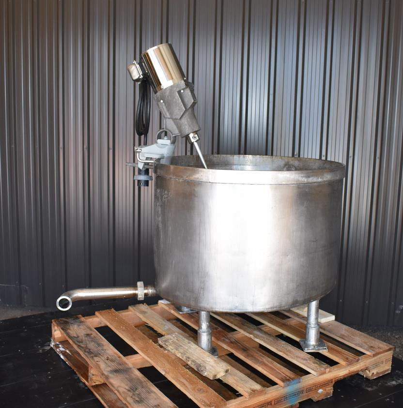 Image 75 Gallon Tank with LIGHTNIN SPX X5P25 Clamp-On Mixer 1465204