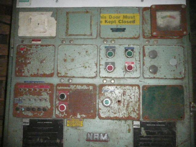 Image 14 Zone Temperature Control Panel 1465330